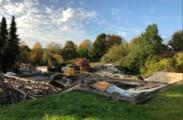 Aktueller Stand am 14.10.2019. Das Lehrschwimmbecken und die alte Turnhalle Aegidienberg sind dem Boden gleich gemacht worden. Jetzt erfolgen die Aufräumarbeiten.